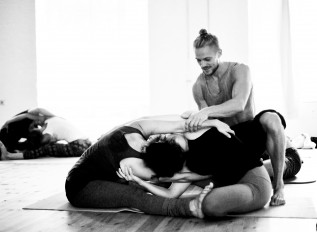 Urban Acro Yoga Retreat -214
